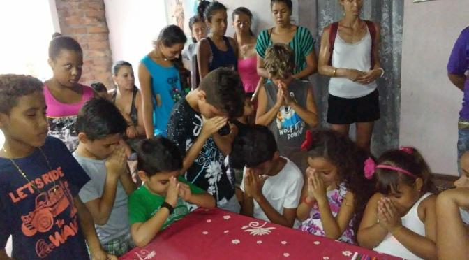 l'association Française COURONS POUR L'EDUCATION, à remis des dons, dans notre CENTRE MISÉRICORDE à la HAVANE.