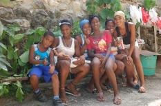 donation-petits coeurs-cuba-enfants- havane 2013-calle-niños-mantilla-cubana-méres-madres-