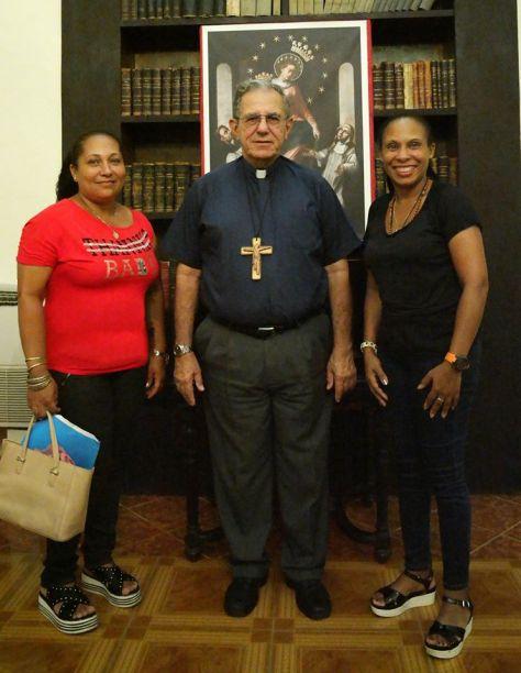 L'ARCHEVÊQUE DE CUBA ACCUEILLE FAVORABLEMENT LA CHAPELLE DE MARIE DE NOTRE CENTRE D'ACCUEIL D'EL CHICO À LA HAVANE.