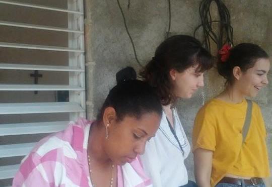 DEBORAH ET JEANNE, DES VAILLANTES ET GÉNÉREUSES BÉNÉVOLES A LA HAVANE, AU CENTRE MISÉRICORDE DE CUBA.