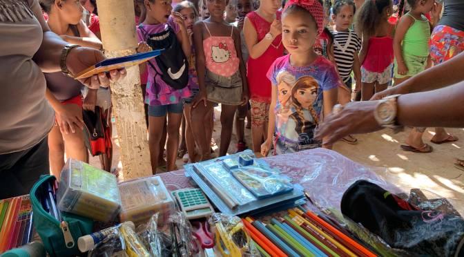 NOS AMIS DE L'ASSOCIATION « PENS OF CHILDREN » RÉPONDENT PRESENT SUITE AUX RAVAGES DE LA TORNADE SUR L'ÎLE ET PARTICIPENT AU GOUTER/DONATION AU CENTRE MISÉRICORDE DE CUBA.
