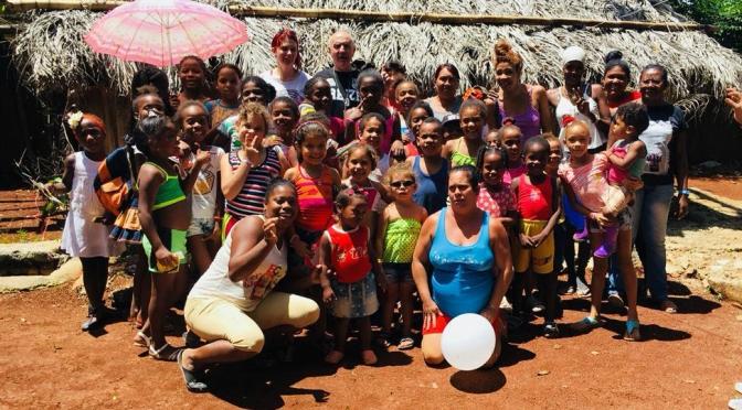 UN DIMANCHE DE GOÛTER ET DONATION AU CENTRE D'ACCUEIL MISÉRICORDE DIVINE DE CUBA GRACE A DES GÉNÉREUX BRETONS.