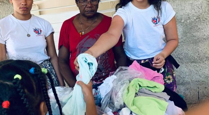 GOÛTER ET DONATION AU CENTRE D'ACCUEIL MISÉRICORDE DE CUBA AVEC LA JEUNE EQUIPE DE L'ASSOCIATION «CUBANIÑOS» DE BAYONNE.