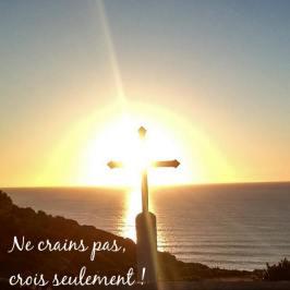 CROIX GLORIEUSE-cruz gloriosa-association centremiséricorde--jesus-Dios-quenia-Pére-padre-sufrimiento-pardon- amor-amour-fils-hijo 3