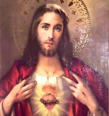 Le Sacré Cœur de Jésus c'est pour nous un Cœur de Père.