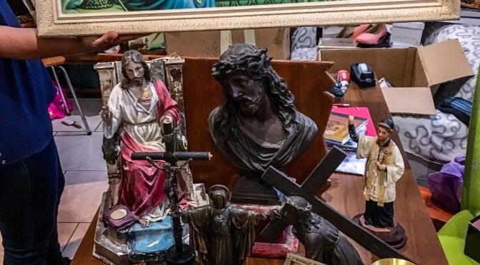 GÉNÉREUSE DONATION POUR LES CHAPELLES ET BIBLIOTHÈQUES DES CENTRES MISÉRICORDE