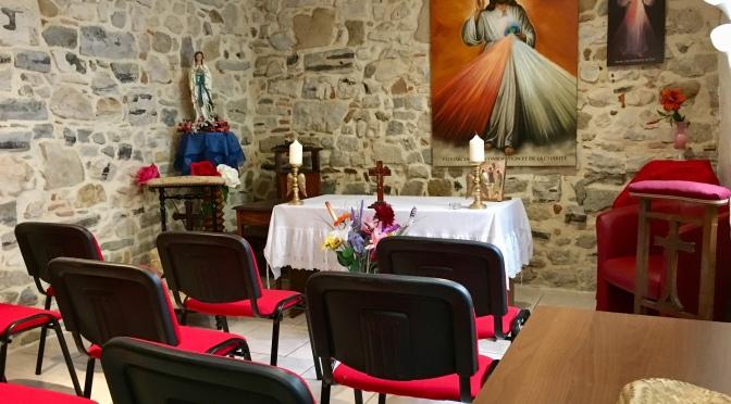 Préparation des 12 jours de célébration en honneur du Sacré Cœur du Père Éternel et Sa Miséricorde.