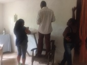 Préparatifs messe eucharistia -padre-pretre-eduardo-maria-chapelle jpg1
