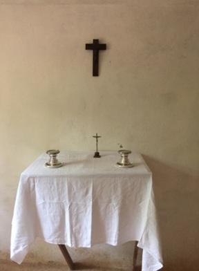 Préparatifs messe eucharistia -rubén-maria.jpg1.jpg2