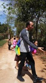 catechisme-catecismo- cmd-el chico-habana-seminaristes- visite aux familles-visitasjpg.jpg4